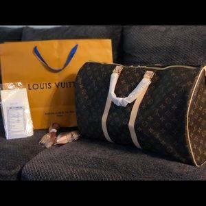 Luis Vuitton Travel Bag